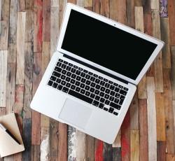 Macbookスクロール変更方法。